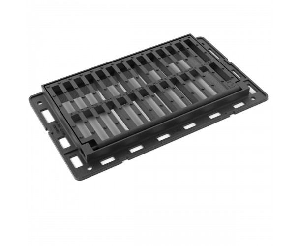 Oporto folding scupper grate and frame in ductile castingl D-98
